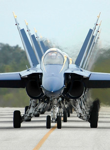 F/A-18A Hornets assigned to the Blue Angels, taxi back to thの写真素材 [FYI02691630]