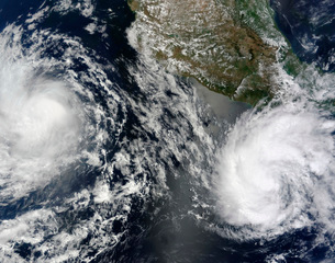 Tropical Storms Blas and Celia circulate in close proximityの写真素材 [FYI02691688]