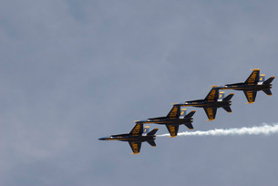 The Blue Angels perform aerial demonstrations during an airの写真素材 [FYI02691694]