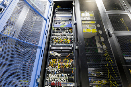 Server cabinet in data centreの写真素材 [FYI02691999]