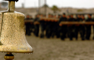 The bell is present on the beach during hell week, should aの写真素材 [FYI02692111]