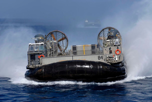 Landing Craft Air Cushion 84 conducts operations in the U.S.の写真素材 [FYI02692202]