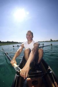 Man rowingの写真素材 [FYI02692709]