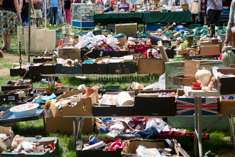 Close Up Of Stalls At Outdoor Secondhand Flea Marketの写真素材 [FYI02692757]