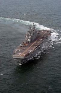 The amphibious assault ship USS Nassau.の写真素材 [FYI02692836]