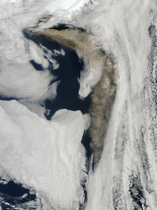 Satellite view of a thick plume of ash rising from the Eyjafの写真素材 [FYI02693296]