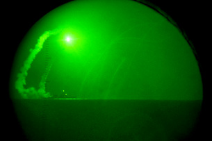 A Tomahawk cruise missile fired from USS Barry as seen throuの写真素材 [FYI02694142]