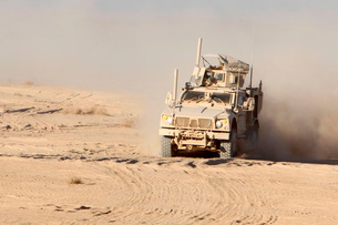 An Oshkosh M-ATV Mine Resistant Ambush Protected all-terrainの写真素材 [FYI02694242]