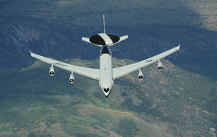 A U.S. Air Force E-3 Sentry airborne warning and control sysの写真素材 [FYI02694432]
