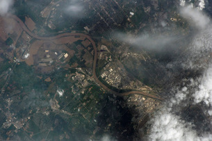 Satellite view of Kansas City, Missouri, and Missouri River.の写真素材 [FYI02694714]