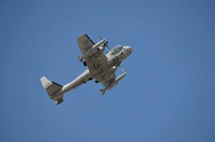 A Grumman OV-1 Mohawk in flight over Florida.の写真素材 [FYI02694843]