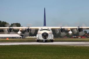 A C-130/L-100 Hercules of the Royal Saudi Air Force.の写真素材 [FYI02695433]