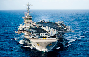 USS John C. Stennis transits the Pacific Ocean.の写真素材 [FYI02695561]
