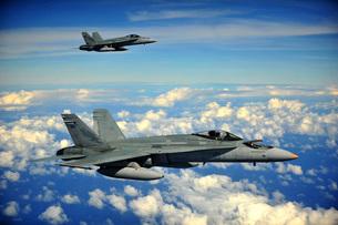 Two Royal Australian Air Force F/A-18 Hornets.の写真素材 [FYI02695904]