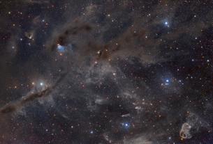 Beautiful dusty nebulae of Taurusの写真素材 [FYI02695961]
