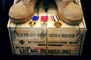 A memorial dedicated to an Airman who lost his life in Iraq.の写真素材 [FYI02696038]