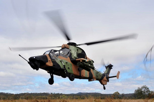 An Australian Army Tiger helicopter flies a reconnaissance mission.の写真素材 [FYI02696550]