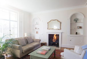 Elegant home showcase living roomの写真素材 [FYI02698979]