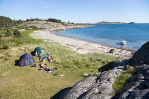 Sweden, Swedish West Coast, Halland, Kungsbackafjorden, Camping on sea coastの写真素材 [FYI02699597]