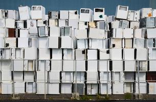 Sweden, Uppland, Lovsta, Household appliances stacked for reの写真素材 [FYI02701351]
