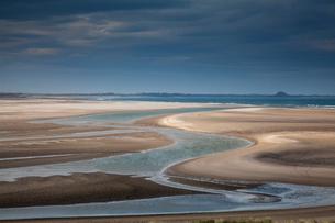 Beach at low tideの写真素材 [FYI02702201]