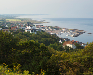 Sweden, Skane, Kullaberg, Molle, View of seaside townの写真素材 [FYI02702711]