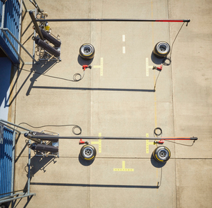 Overhead view pit stop equipmentの写真素材 [FYI02703012]