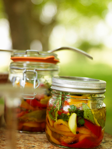 Sweden, Vastergotland, Pickled peppersの写真素材 [FYI02703519]
