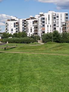 Finland, Uusimaa, Helsinki, Vuosaari, View of residential districtの写真素材 [FYI02703618]