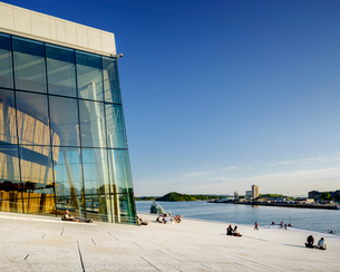 Norway, Oslo, Bjorvika, Operahusetの写真素材 [FYI02704643]