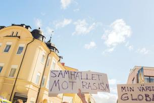 Sweden, Smaland, Jonkoping, Demonstration in cityの写真素材 [FYI02704671]