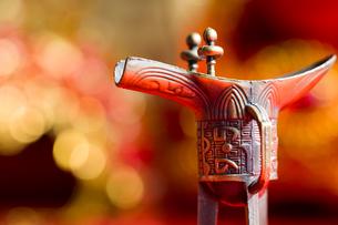 Traditional Chinese wedding elementsの写真素材 [FYI02704909]