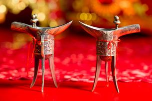 Traditional Chinese wedding elementsの写真素材 [FYI02704945]