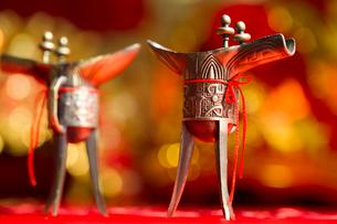 Traditional Chinese wedding elementsの写真素材 [FYI02704951]