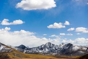 Tanggula mountains in Tibet, Chinaの写真素材 [FYI02705018]