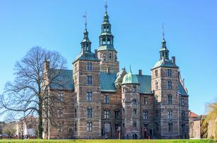 Exterior view of Rosenborg Castle, Copenhagen, Denmark.の写真素材 [FYI02705434]