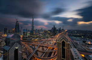 Cityscape of the Dubai, United Arab Emirates, with the Burj Khalifa and other skyscrapers under a clの写真素材 [FYI02705511]