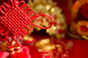 Traditional Chinese wedding elementsの写真素材 [FYI02705972]