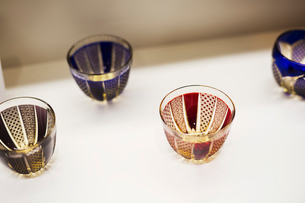 Shop selling Edo Kiriko cut glass in Tokyo, Japan.の写真素材 [FYI02706034]