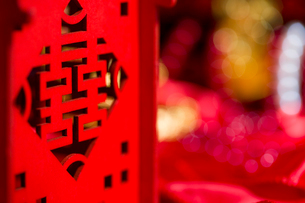 Traditional Chinese wedding elementsの写真素材 [FYI02706063]