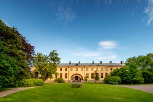 Sweden, Uppland, Uppsala, Building in Linnean Gardens of Uppsalaの写真素材 [FYI02706609]