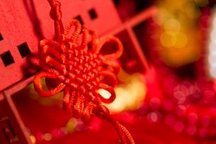 Traditional Chinese wedding elementsの写真素材 [FYI02706700]