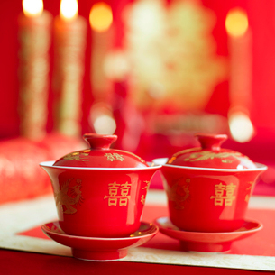 Traditional Chinese wedding elementsの写真素材 [FYI02706811]