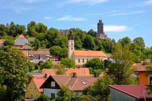 Church of St. Rupert and castle ruins, Brennberg, Bavarianの写真素材 [FYI02707012]