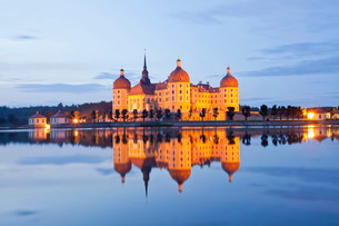 Schloss Moritzburg Castle, Moritzburg, near Dresdenの写真素材 [FYI02707022]