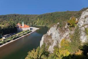 Monastery Weltenburg on the Danube in Kelheim, Lowerの写真素材 [FYI02707025]
