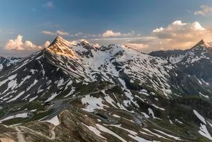 View from Edelweissspitze, EdelweiBspitze on Theの写真素材 [FYI02707036]