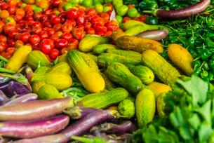 Fresh vegetables at a market, Nampan, Inle Lake, Shanの写真素材 [FYI02707047]