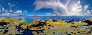 360 ° panoramic view from summit of Ben Lomond, Lakeの写真素材 [FYI02707104]