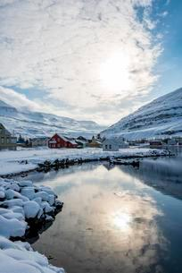 Village of Seyoisfjorour, Eastern Region, Iceland, Europeの写真素材 [FYI02707143]